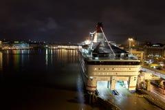 赫尔辛基, FINLAND-JANUARY 5 :轮渡北欧海盗线被停泊在 免版税图库摄影