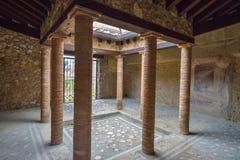 赫库兰尼姆,意大利- 6月01 :赫库兰尼姆古老罗马市废墟, 2016年6月01日的意大利 库存照片