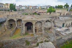 赫库兰尼姆,意大利- 6月01 :赫库兰尼姆古老罗马市废墟, 2016年6月01日的意大利 免版税图库摄影