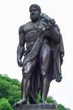 赫拉克勒斯雕象 免版税库存图片