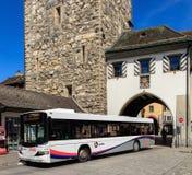 赫斯公共汽车在阿劳,瑞士 库存图片