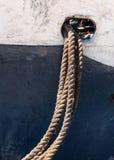 赫曼努斯,南非-老渔船停泊绳索,西部 免版税图库摄影