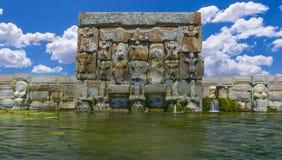 赫梯古老水池& Eflatunpinar宗教纪念碑 库存照片