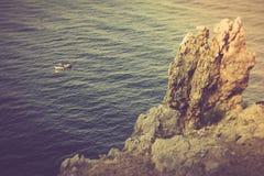 走在一条美丽的游艇在地中海 库存图片
