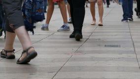 走在大城市的人脚人群  影视素材