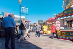 走在码头39个区域 免版税库存照片
