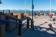 走在码头39个区域 库存照片