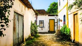 走在Paraty,里约热内卢 免版税库存照片