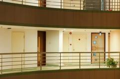 走廊旅馆晚上 免版税库存照片