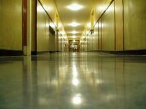 走廊晚上 免版税库存图片