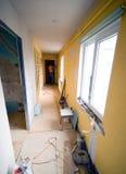 走廊更新了 库存图片