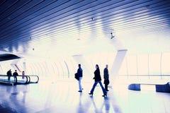 走廊移动人员 免版税图库摄影