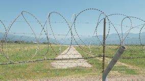 走沿机场的铁丝网篱芭 巴统, Geoargia 股票视频