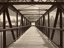 走的桥梁 免版税库存照片