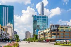 走的街道在胡志明市,越南 免版税库存照片