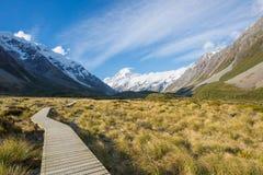走的轨道,库克山,新西兰 免版税库存图片