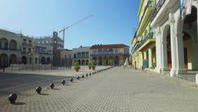 走的POV在哈瓦那古巴老镇中心  股票录像