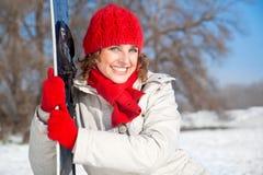 走读女生愉快的雪雪板年轻人 库存照片