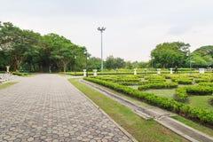 走道视图,植物园 免版税库存图片