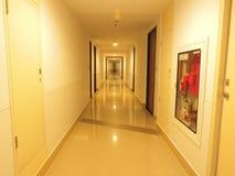 走廊的反射 免版税库存照片