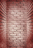 走廊的红色被定调子的砖墙末端,抽象背景酸碱度 免版税库存照片