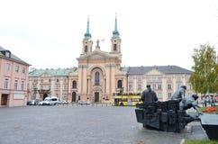 起义纪念碑战斗机和波兰军队的领域大教堂在华沙,波兰 免版税图库摄影