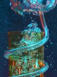 起泡玻璃上升 免版税库存照片