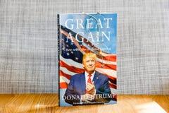 起波纹的美国:如何再使美国伟大唐纳德J Tru 免版税图库摄影