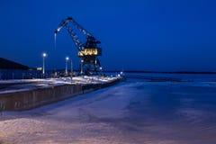 起重机在吕勒奥南港口 免版税库存图片