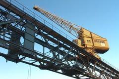 起重机码头边港口内在卡尔斯鲁厄 库存图片