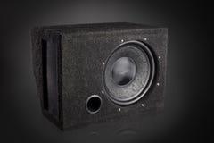 黑超低音扬声器报告人汽车音频音乐系统 免版税图库摄影