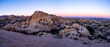 超大岩石,约书亚树国家公园 图库摄影