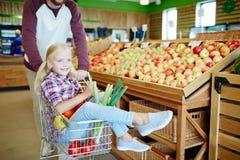 超级市场乘驾 库存照片