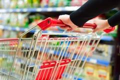 超级市场推车 免版税库存图片