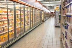 超级市场走道 免版税库存照片