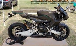 超级技术摩托车Vyrus 库存图片