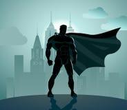超级英雄在城市 皇族释放例证