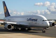 超级超大的汉莎航空公司 库存照片