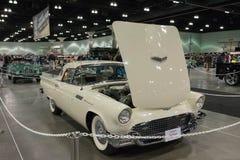 超负荷的Ford Thunderbird F模型 库存照片