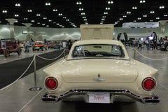 超负荷的Ford Thunderbird F模型 库存图片