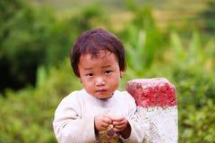 越南人米大阳台河边的o Hmong孩子在Y TY镇 免版税库存图片
