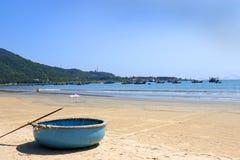 越南圆的竹小船 岘港,越南 免版税库存图片