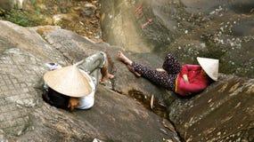 越南妇女睡觉 免版税图库摄影