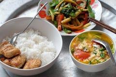 越南家庭每日膳食 免版税库存图片
