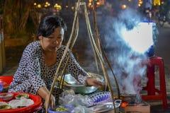 越南街道食物摊位在会安市 免版税库存照片