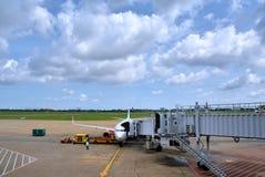 越南西贡机场在天空下 图库摄影