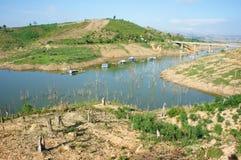 越南风景,山,光秃的小山,砍伐森林 库存图片