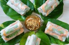 越南食物, goi豺属,沙拉卷 免版税库存图片