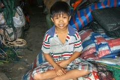 越南,Phanrang:微笑的越南男孩 图库摄影
