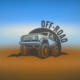 越野suv汽车黑白照片标签、象征、徽章或者商标在被弄脏的背景 roading旅行 图库摄影